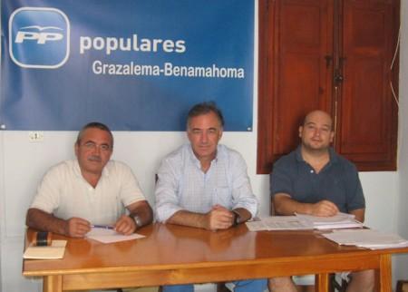 Miembros del PP reunidos