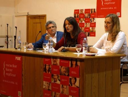 Luis Pizarro, María José Lara e Isabel Gómez, en Grazalema.