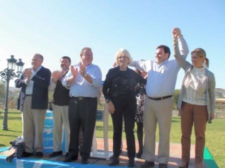 Teofila Martinez y otros dirigentes del PP, en Arcos de la Frontera.