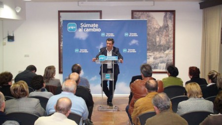 José Loaiza, en el acto electoral de Olvera.