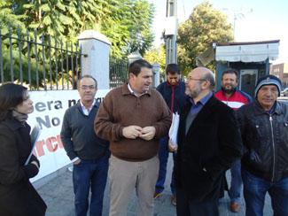 El alcalde de Espera, Pedro Romero, con el parlamentario de IU Igancio García.