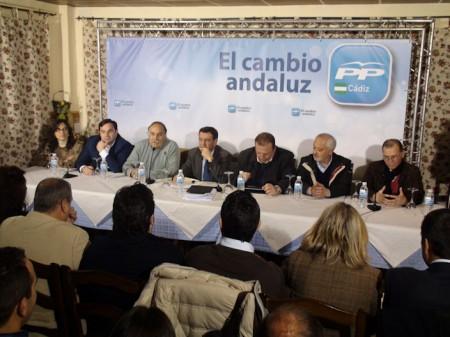 Participantes en la reunión del PP en Prado del Rey.