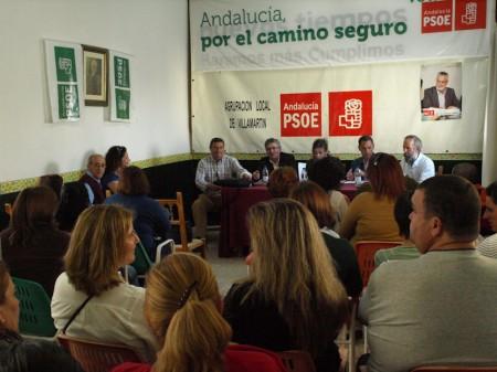 Participantes en el mitin de Villamartín.
