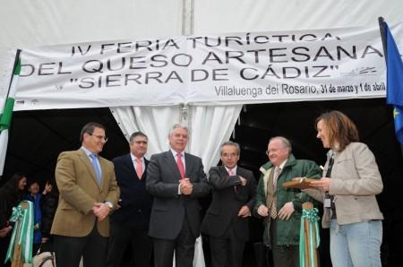 Inauguración de la IV Feria del Queso Artesano de Villaluenga del Rosario.