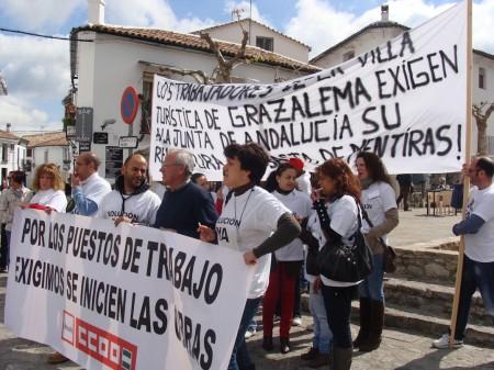 Protesta de trabajadores de la Villa Turística de Grazalema.