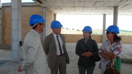 Representantes políticos, durante la visita a la obra.
