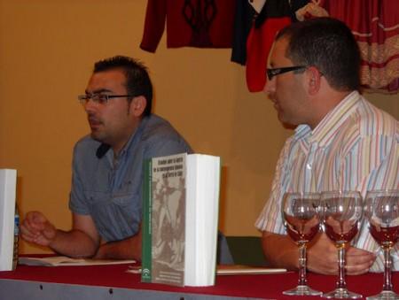 Hugo Palomares Beltrán, con Manuel Castro Rodríguez.