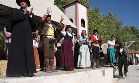 Participantes en la recreación histórica.
