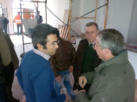 El alcalde de Algodonales, Antonio Acuña, con el subdelegado del Gobierno.