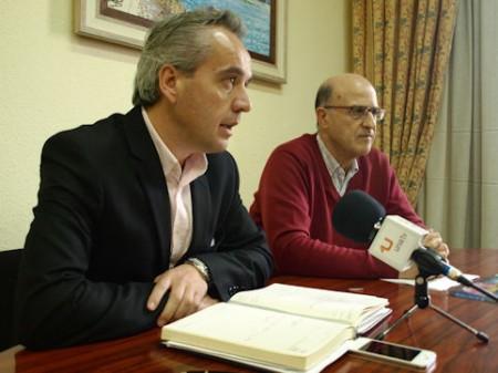 El diputado provincial Alfonso Moscoso y el alcalde de Bornos, Juan Sevillano.