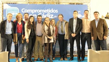 Dirigentes del PP, en el congreso local de Setenil.