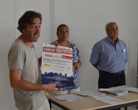 El concejal de Empleo, José Antonio Mulero, en el acto de entrega de diplomas.