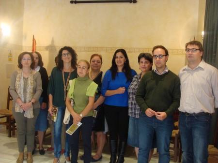 Participantes en la presentació de la guia.
