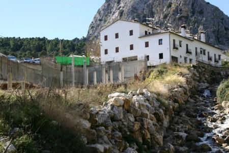 Desvío del río Guadalete y construcción ilegal en Grazalema.
