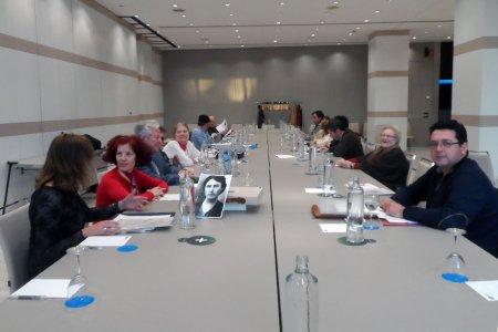 Asistentes a la reunión (Foto: www.foroporlamemoria.org).