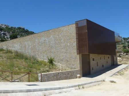 Construcción del parque industrial de Grazalema.