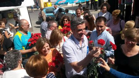 Irene Garcia e Isidoro Gambín, en campaña electoral.