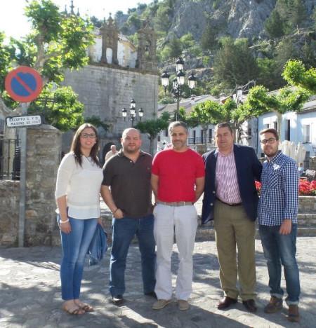 Antonio Sanz mostró su apoyo al candidato del PP a la alcaldía de Grazalema.
