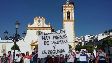 Participantes en la protesta.