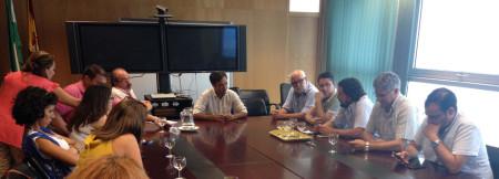 Reunión de alcaldes y concejales de IU en la Delgación Territorial de Empleo de la Junta de Andalucía en Cádiz.