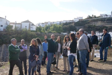 Visita de representantes políticos y técnicos.