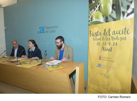 Participantes en la presentación del evento.