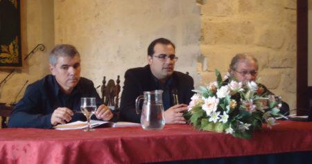 El alcalde, Hugo Palomares, con J. Mannuel López y Jorge Garrido.