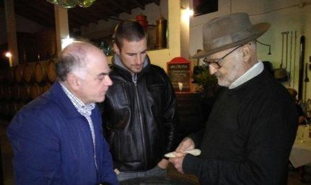 El arqueólogo Francisco Giles Pacheco (d), con el co-director de las Jornadas (i).