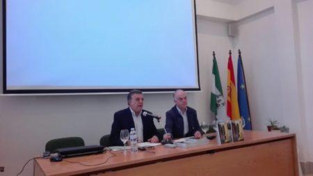 Comunicación de Antonio Morales Benítez, presentado por Fernando Sígler Silvera.