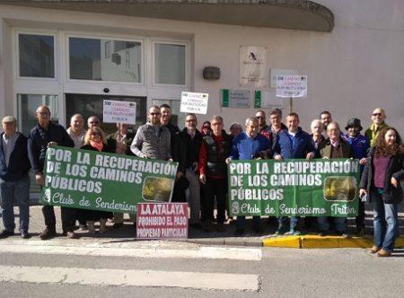 El Juzgado de Ubrique absuelve a seis vecinos de Prado del Rey y El Bosque acusados de daños en fincas por donde pasa el Camino Alto