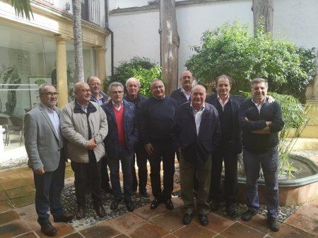 Miembros de la asociación de antiguos alumnos del colegio Las Delicias de Ronda.