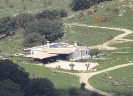 Cortijo El Navazo, uno de los existentes en las fincas de la sociedad Breña del Agua Inversiones S.L.
