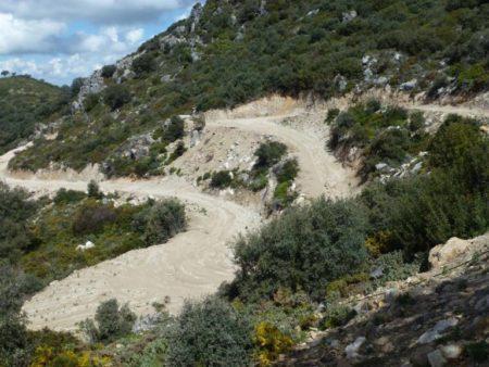 Impacto de las pistas forestales apoyadas por ASAJA en el Parque Natural Sierra de Grazalema, según los ecologistas.