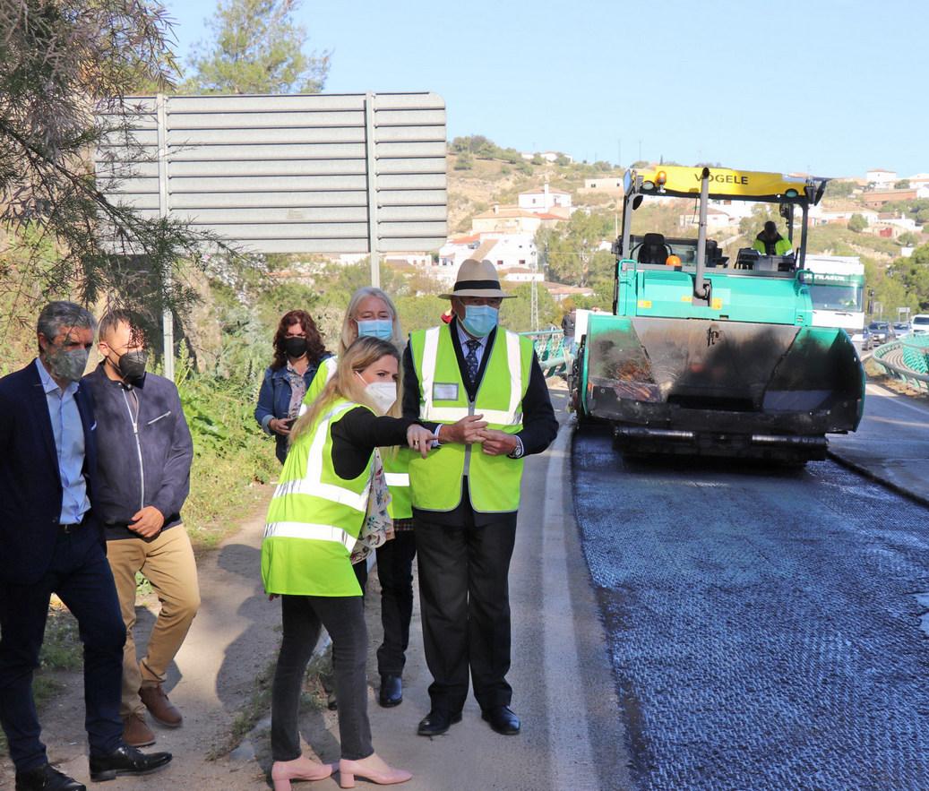 Visita a las obras de la carretera en Arcos.