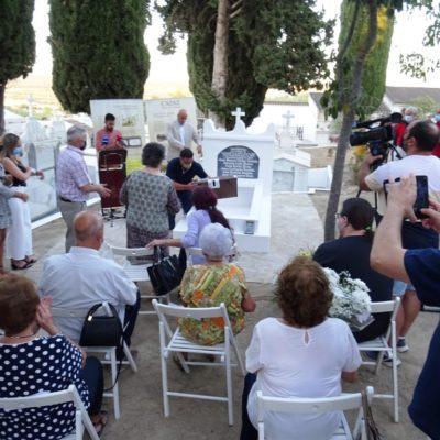 Entierro digno de seis vecinos de Setenil asesinados por los franquistas en 1937
